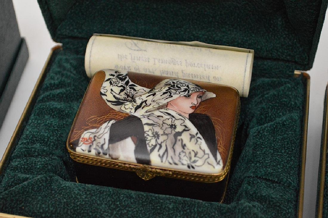 5 Rochard Limoges Hand Painted Boxes.  3 with original - 4