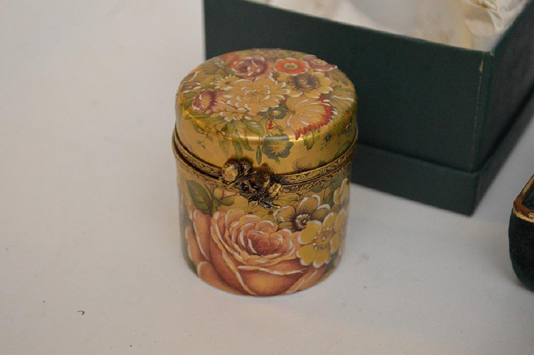 5 Rochard Limoges Hand Painted Boxes.  3 with original - 5