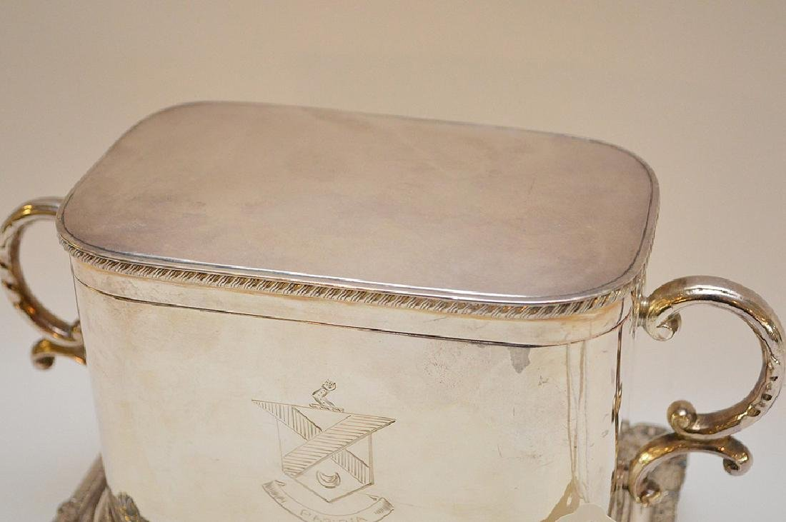 Silver plated English biscuit box - 4