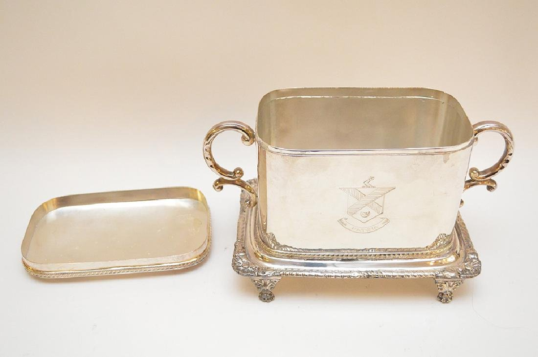 Silver plated English biscuit box - 6