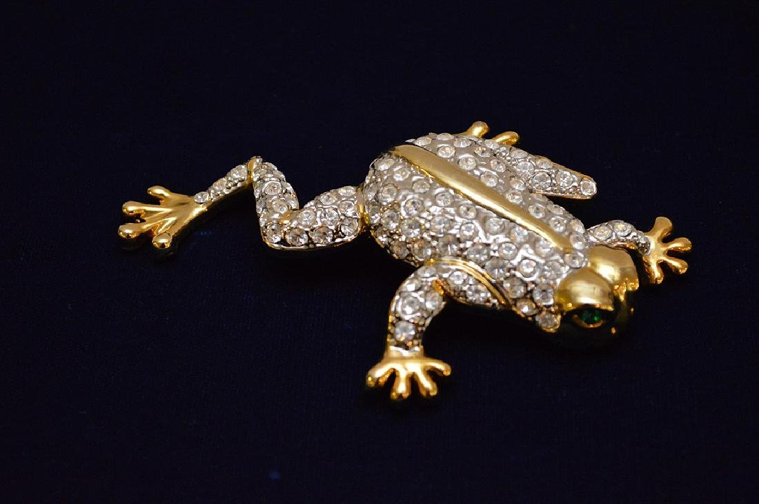 "Large jeweled Frog brooch, 4 1/2"" x 3"""