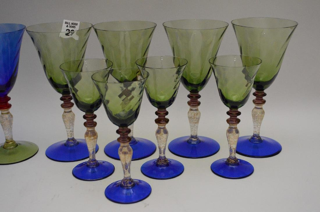 """8 Murano colored water goblets (7 1/2""""h) and 8 Murano - 2"""