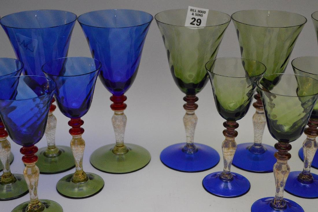 """8 Murano colored water goblets (7 1/2""""h) and 8 Murano - 4"""