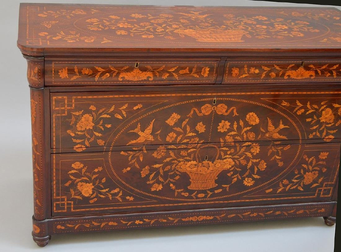 19th c. Dutch Marquetry inlaid mahogany chest, floral - 2