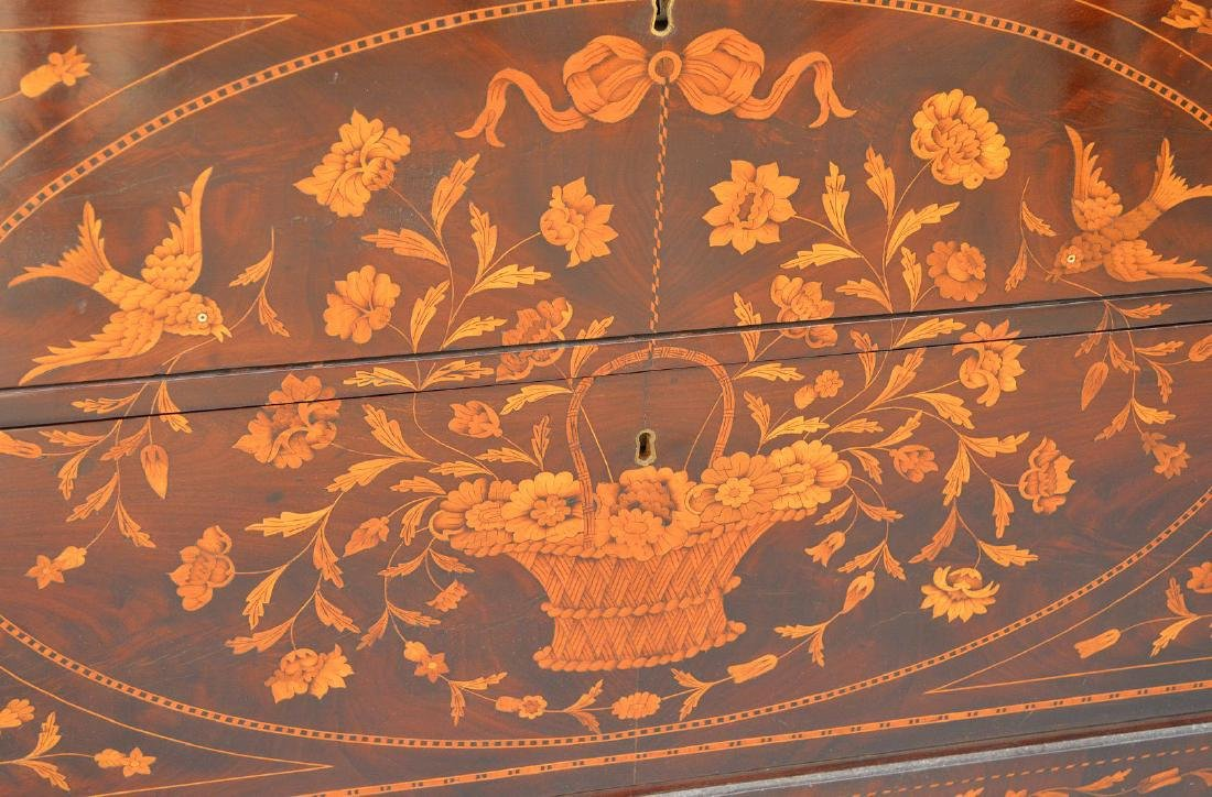 19th c. Dutch Marquetry inlaid mahogany chest, floral - 3