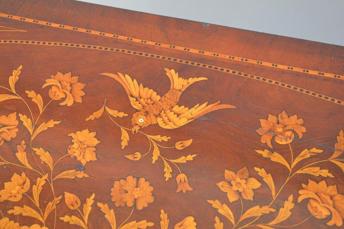 19th c. Dutch Marquetry inlaid mahogany chest, floral - 4