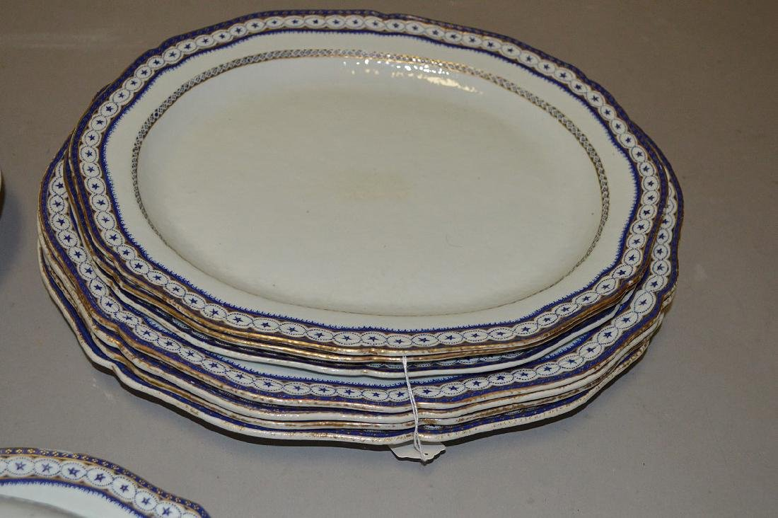 15 Piece Chinese Export Porcelain Armorial Dinner - 3