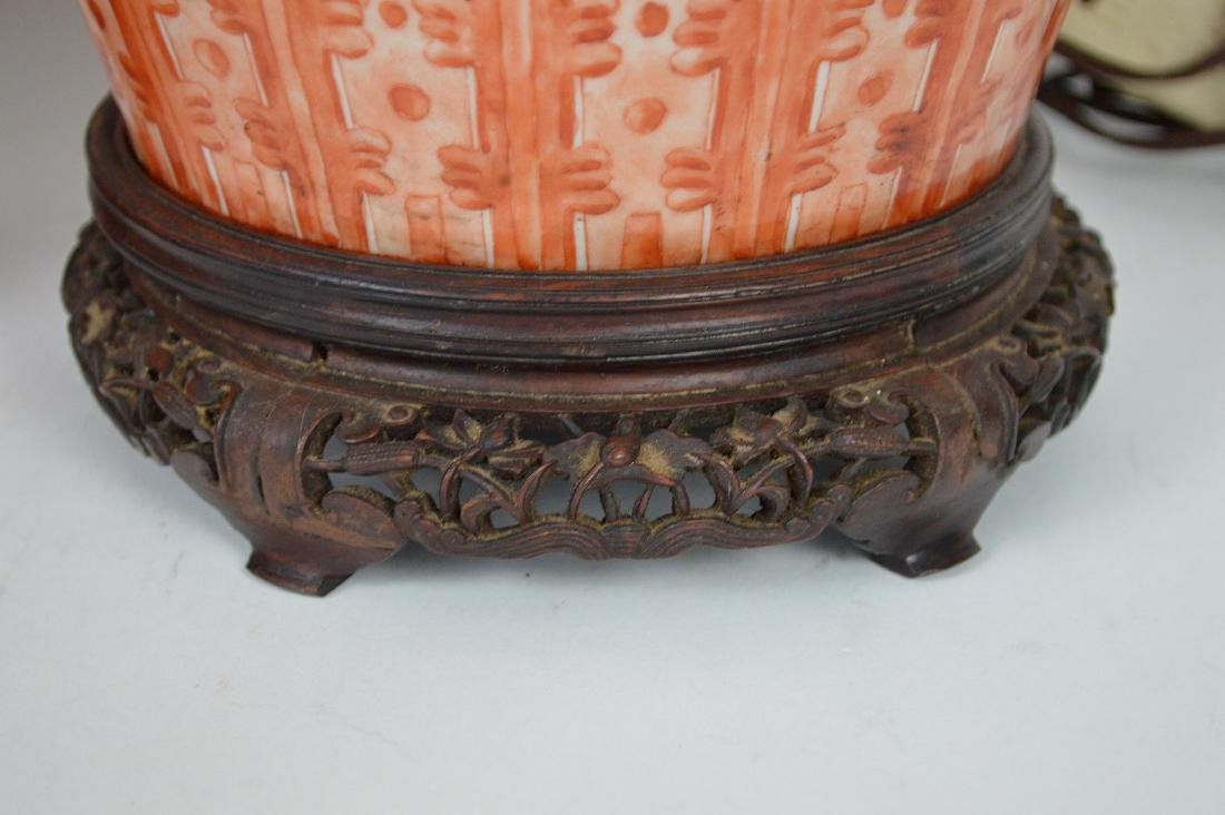 Pair Chinese Porcelain Urns now electrified and mounted - 5