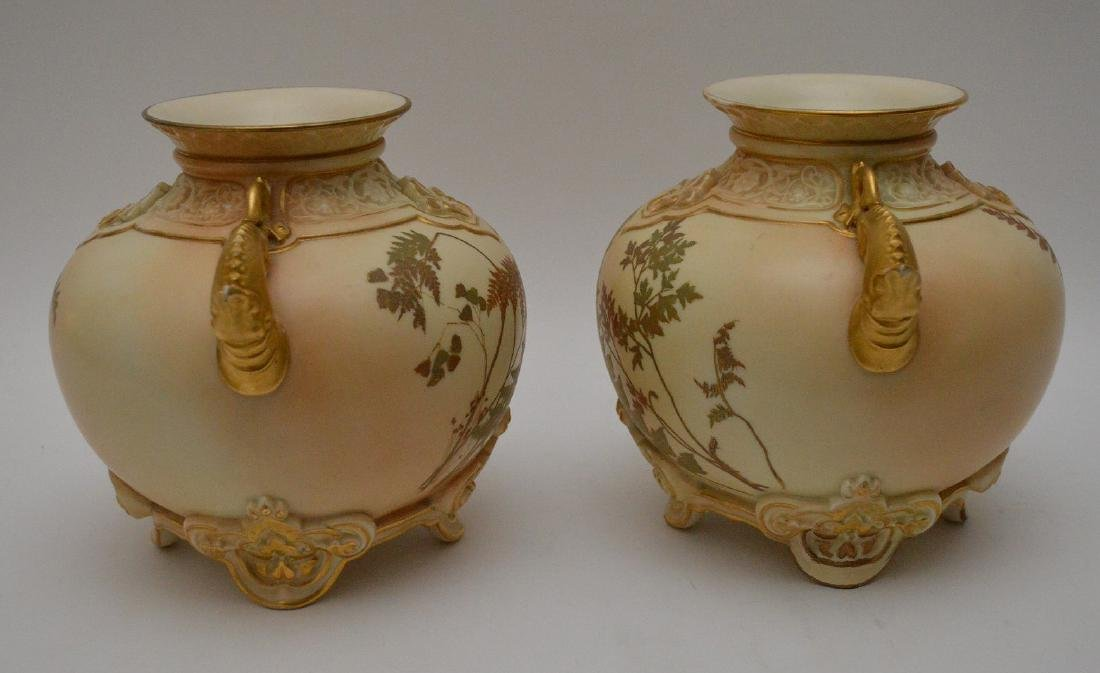 Pair Royal Worcester porcelain footed vases with gilded - 8