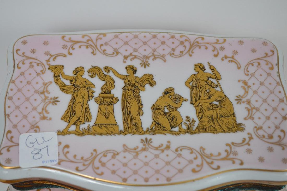 Austrian porcelain jewel box, pink with gold accents, 6 - 3