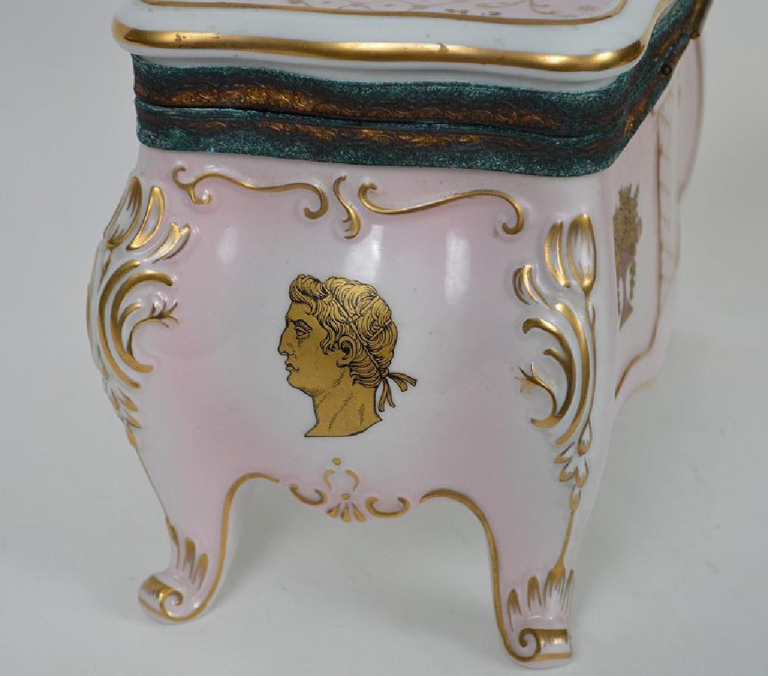 Austrian porcelain jewel box, pink with gold accents, 6 - 5