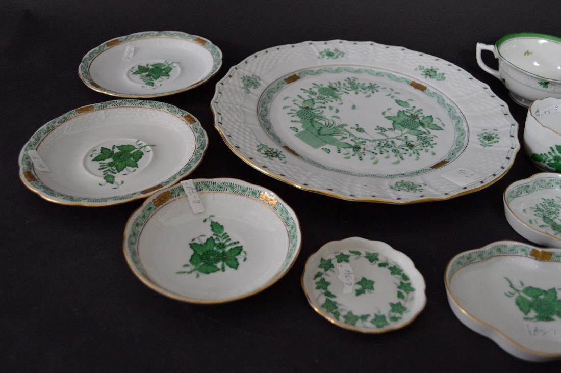19 pcs. Assorted Herend, mostly green Indian basket - 7