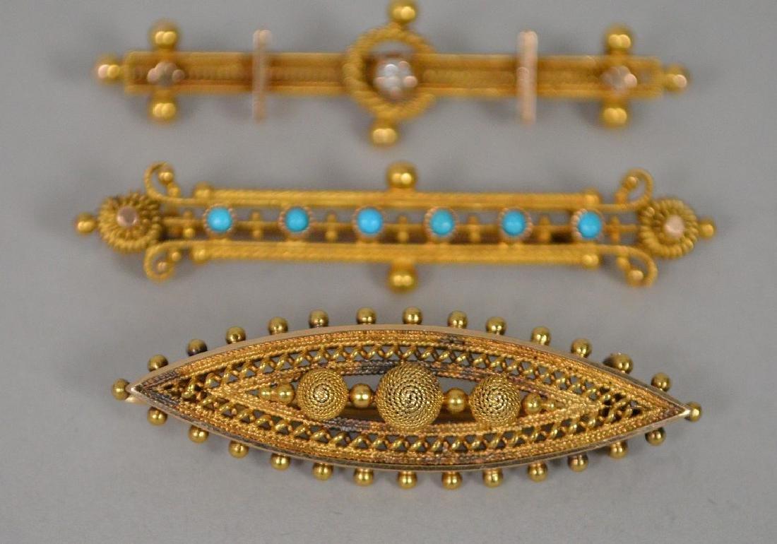 3 Antique 14k Yellow Gold Etruscan bar pin. 14k gold - 3