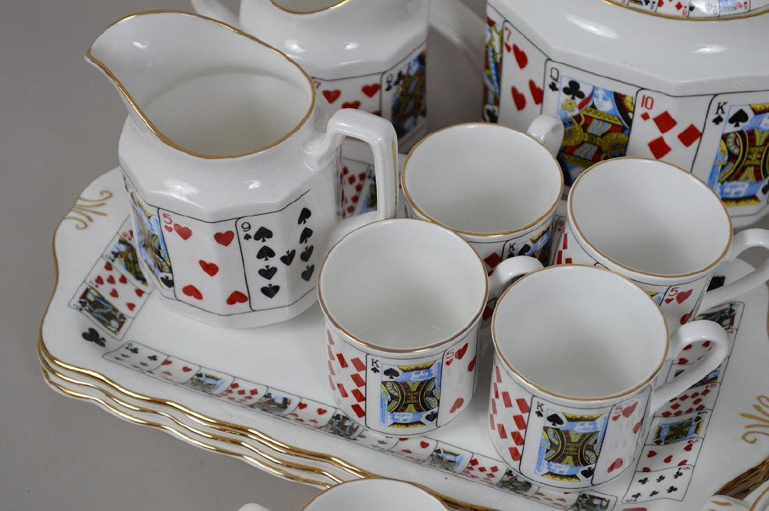 "Assorted lot of ""card"" ceramics - 3"