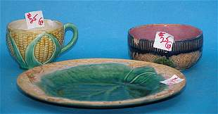 Lots of Majolica, many of which are damaged, incl