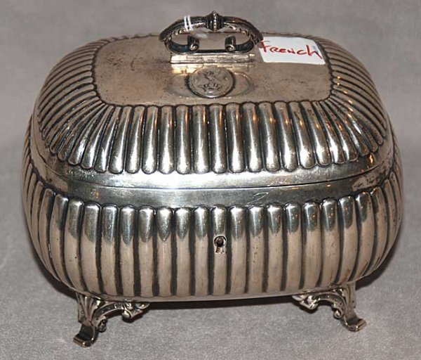 1004: French silver dome-shaped dresser box, overall re
