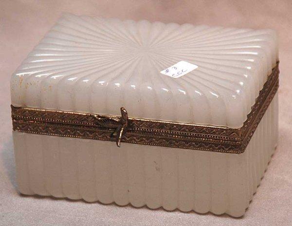 """1019A: Opaline glass hinged box, 5 1/4""""L x 3 3/4""""w x 3"""""""
