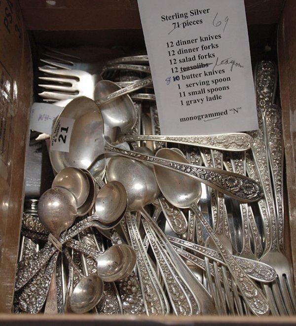 1021: 69 pieces, Stieff sterling silver, incl:; 12 dinn