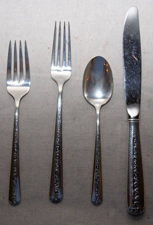 """1023: 92 pieces Towle, """"Rambler Rose"""" sterling incl:; 3"""
