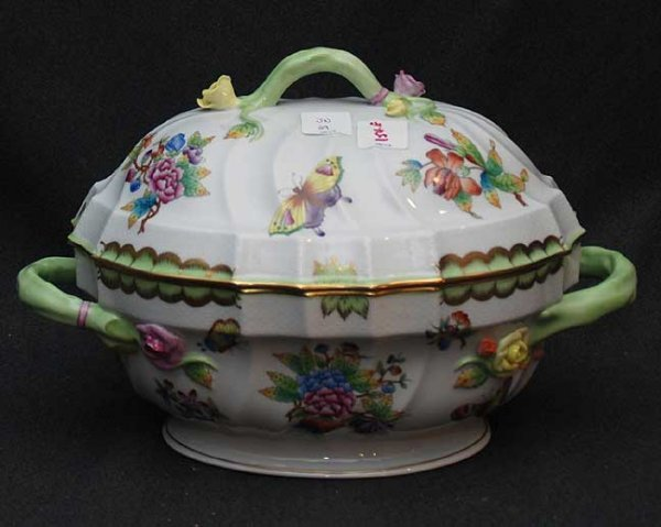 1: Large Herend Queen Victoria Tureen,  Condition: very