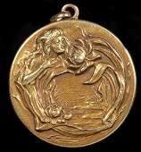14K GOLD VICTORIAN LOCKET 14.2 grams