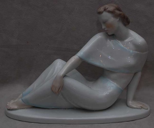 "9: Herend figure of reclining lady, 14""L x 9 1/2""h"