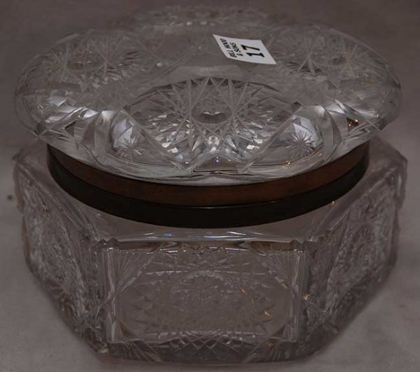 17: Antique cut glass hexagonal shaped hinged box, chip