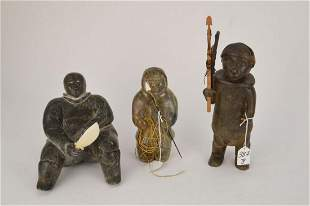 THREE VINTAGE INUIT CARVED SOAPSTONE FIGURES - Grouping