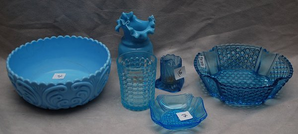 15: 6pcs American antique blue glass and blue milk glas