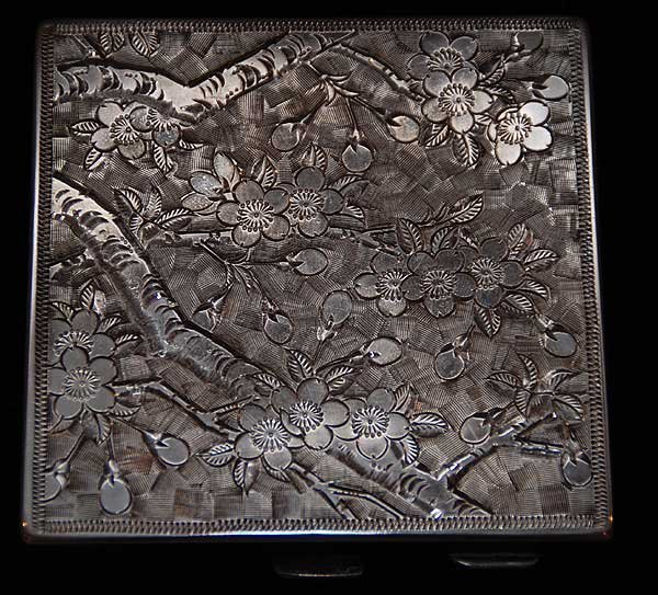 """9: Silver compact, oriental engraved design, stamped """"9"""