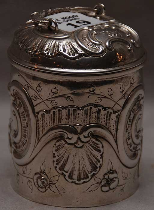 "19: German ""800"", 19th century tea caddy with extensive"