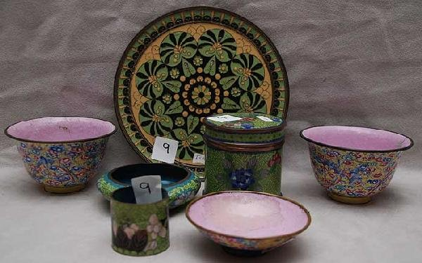 9: Assorted old cloisonné pieces; 3 matching pieces wit