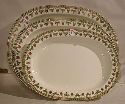 6: (3) graduated old soft paste Wedgwood platters with