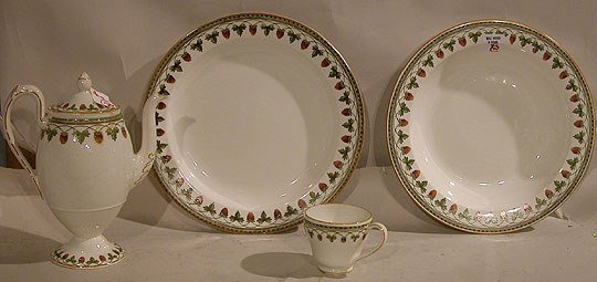 7: (23) pieces incomplete old soft paste Wedgwood dinne