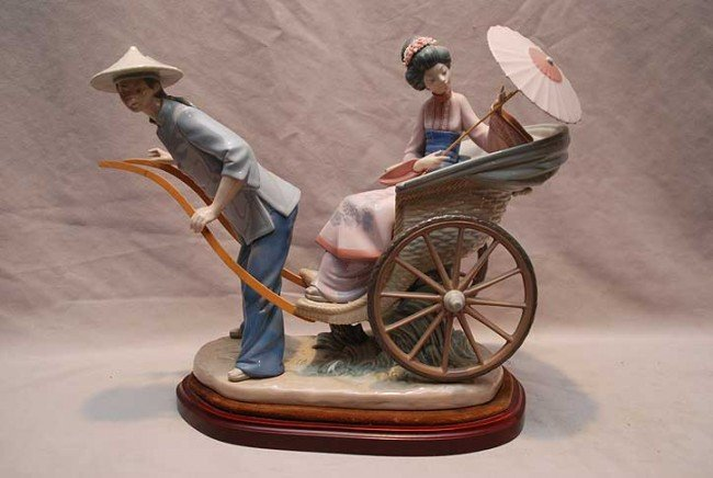 387: Lladro rickshaw with 2 figures on unattached stand