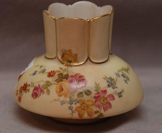 "2C: Royal Worcester small cabinet vase, 3 1/4""h"