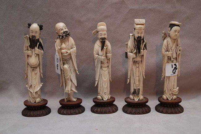 13: 5 Chinese ivory gentleman, 3 have losses, tallest i