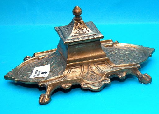1004: Footed brass inkwell