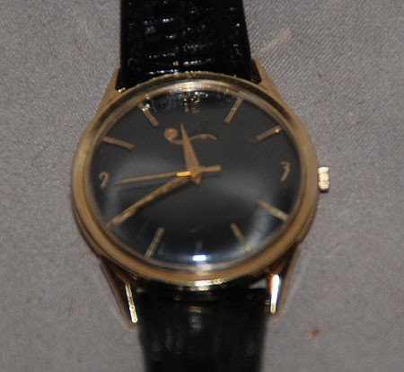 4A: Lucien Picard man's wind wrist watch, 14kt, leather