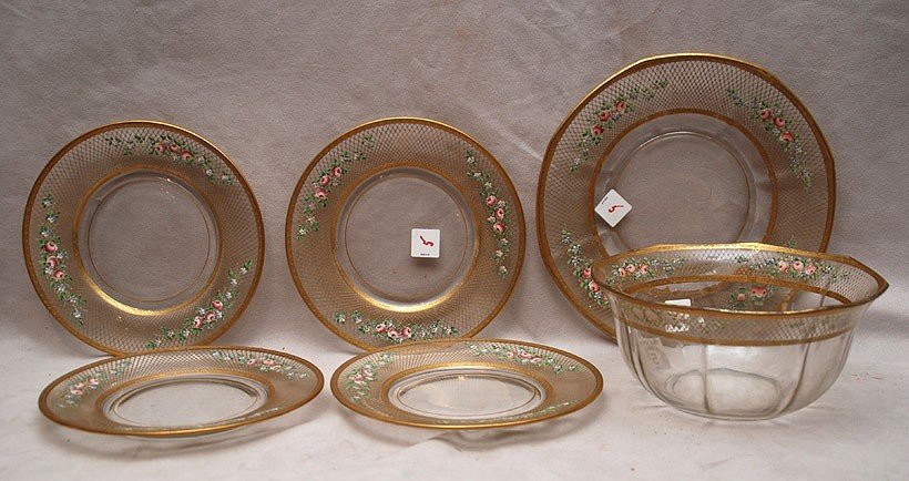 5: Glass bowl with under plate and 12 matching plates,