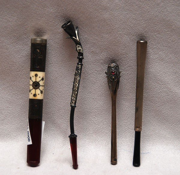 """6: 4 assorted vintage cigarette holders, 3 3/4""""w to 5 1"""