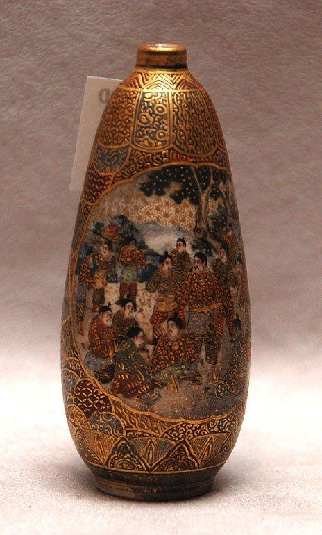 """24: Satsuma bud vase, 1000 face decoration, 3 1/2""""h"""