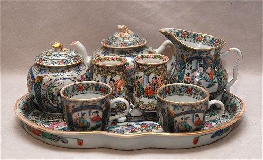 176 Antique Chinese Porcelain Tea Set