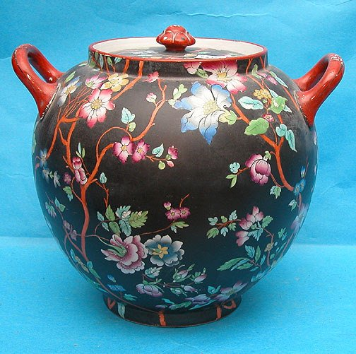13: 19th cent. Double handled Chinese covered black & f