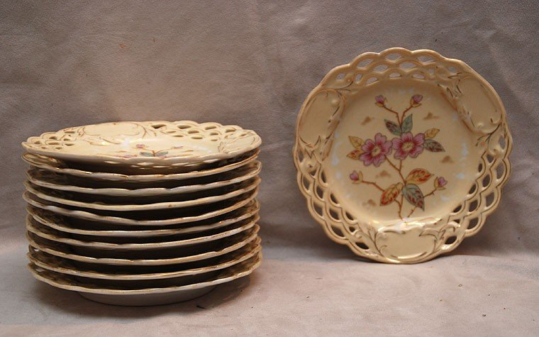 """9: 11 """"Victoria Carlsbad"""" reticulated floral plates, 7"""
