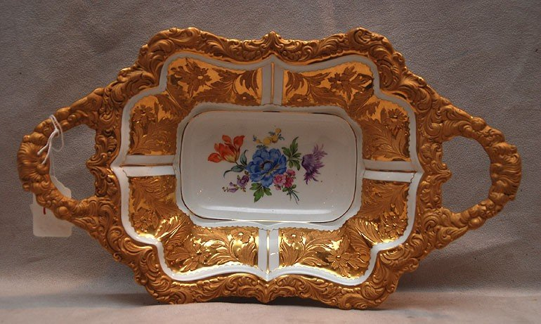 16: Meissen bowl, heavily gilded rim and floral center,