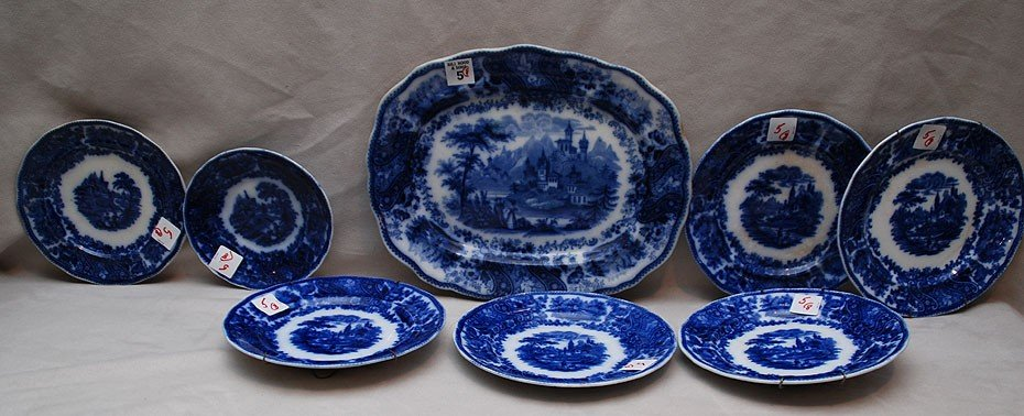 "5: 8pcs Flow blue; 5 plates (7 3/4""dia), small plate (6"