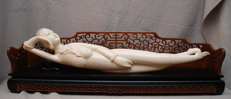 145: Monumental CHINESE IVORY CARVED LADY DOCTOR DOLL