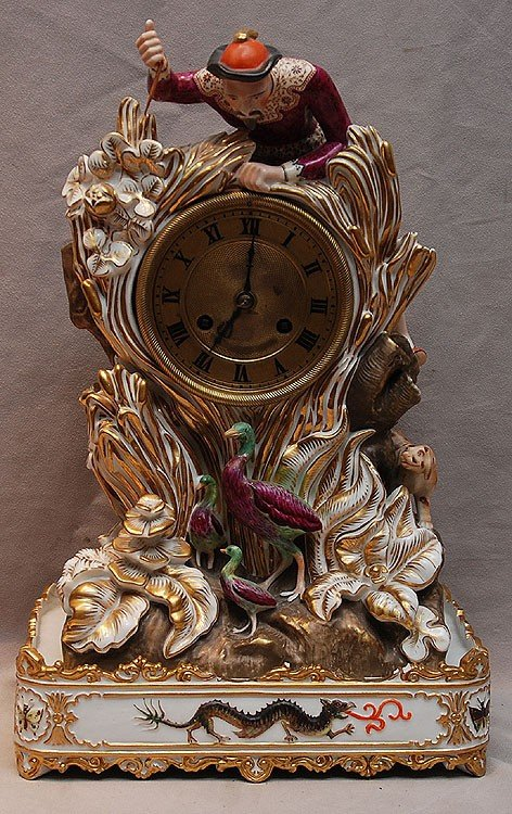 141: French porcelain clock, possibly Jacques Petitte,