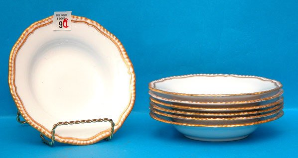 1009: (7) Gilman & Collamore soup bowls, one has fading